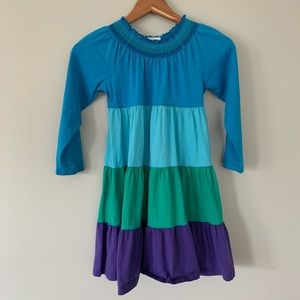 Hanna Andersson Tiered Color Block Dress • 120cm